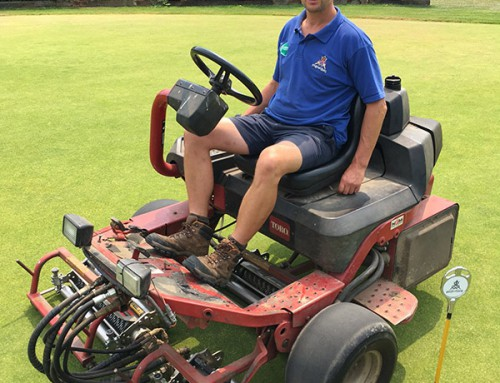 ATT SMARTUltraGroomer™ cassettes help Ely City GC move over to Bent grasses